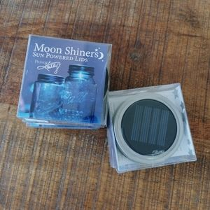 BNIB Moon Shiners Solar Powered LED Mason Jar Lids